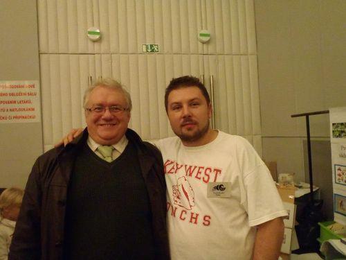 I jeszcze Jarek Turek z Panem dr Sławomirem Wrzecionem (po lewej).